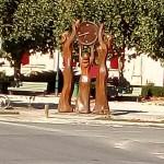 Statue-village-1